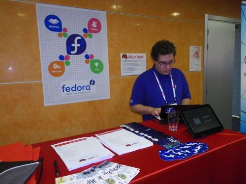 Fedora booth at LinuxCon Europe 2011